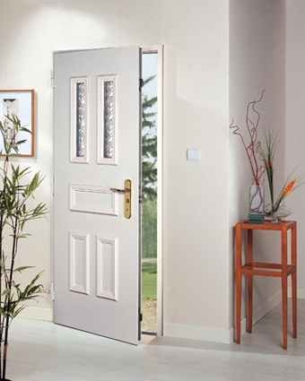 Porte blind e fichet forstyl s point fort for Porte d entree de maison